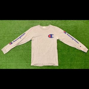 Champion Sports Long Sleeve Grey T-shirt. Small